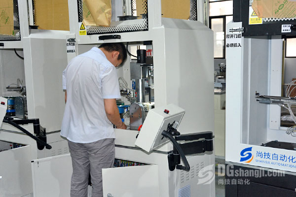 首饰设备厂家应具备生产实力